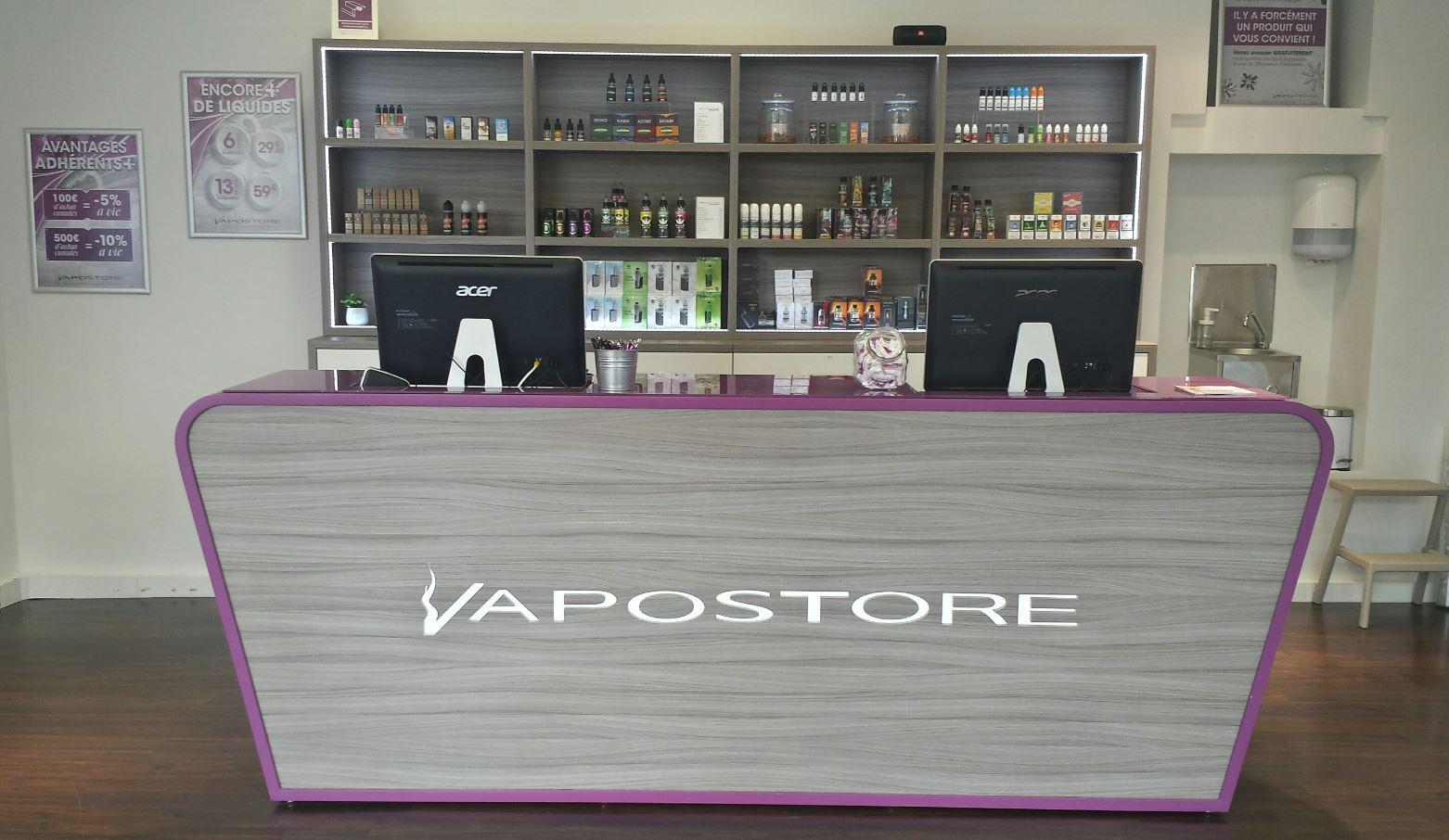 magasins de cigarette lectronique vapostore strasbourg les halles 67. Black Bedroom Furniture Sets. Home Design Ideas
